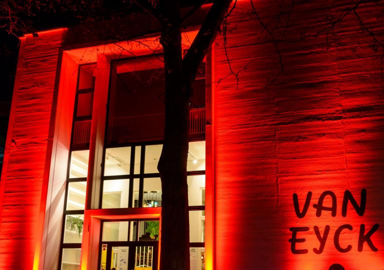 van_eyck-3b06aad4.jpg